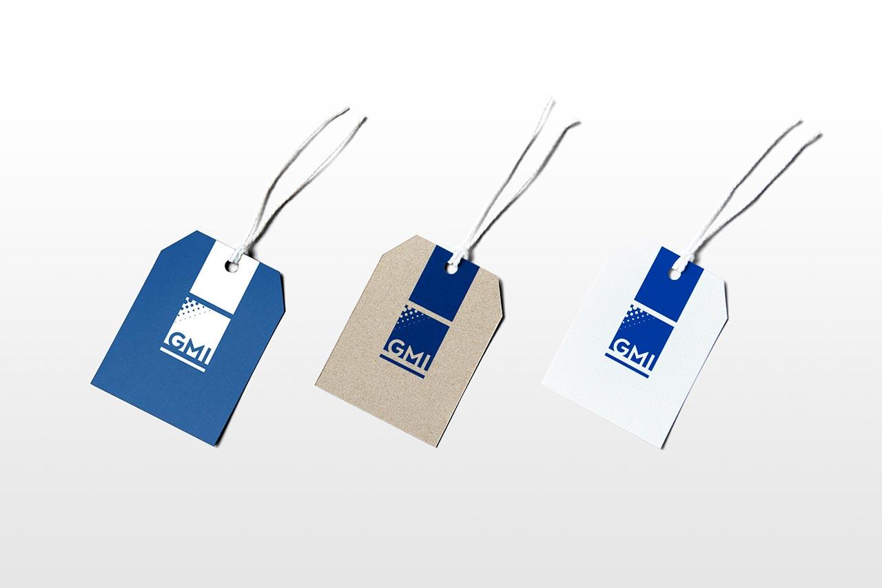 Etiquetas para colgar troqueladas