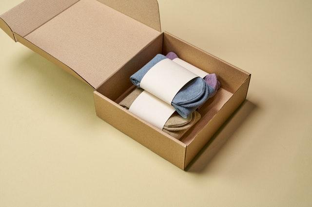 packaging maletin carton